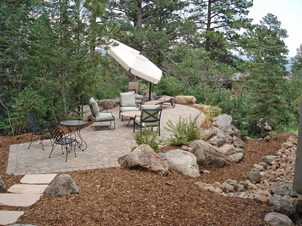 Landscaping tips for small spaces