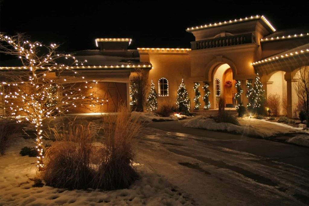 holiday lighting styles